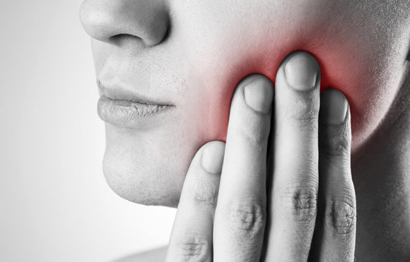 What is Periodontitis disease and symptoms?